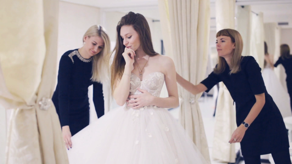 How To Choose A Wedding Dress Royal Wedding