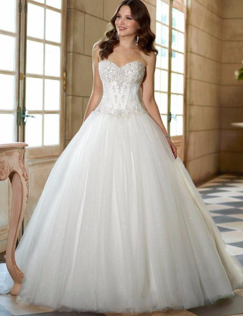 15 Best Corset Wedding Dresses For 2020 Royal Wedding