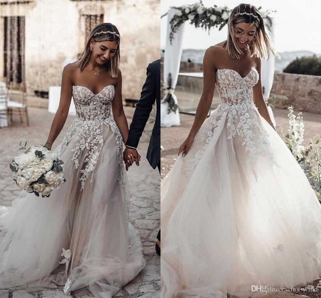 Wedding Dresess: 21 Best Beach Wedding Dresses For 2020